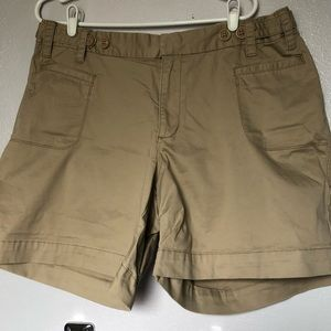 Old Navy women's plus khaki colored shorts